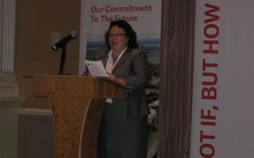 Deborah Bouchard, CPCU delivers closing remarks.